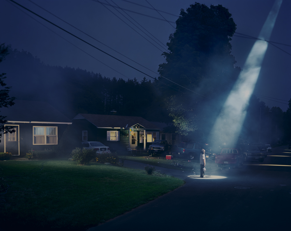 Gregory Crewdson, Untitled (Beer Dreams), Twilight series, 1998⠀